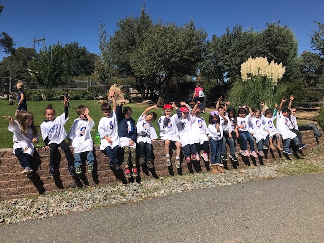 Kindergarten class visits the Heritage Park Zoo in Prescott, AZ.